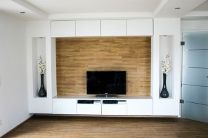 Do it yourself living room wall at HOMIFY